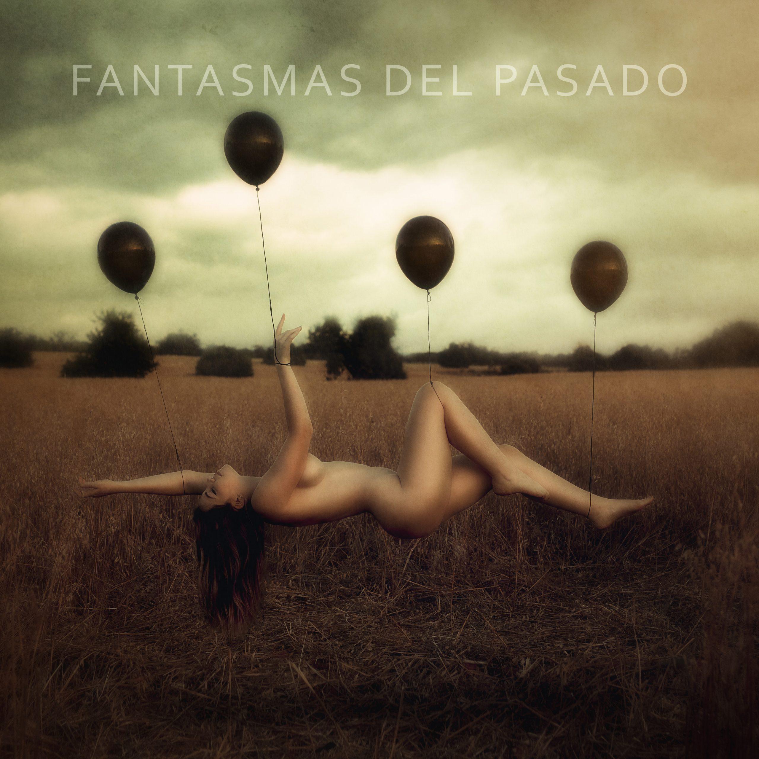 FANTASMAS-DEL-PASADO